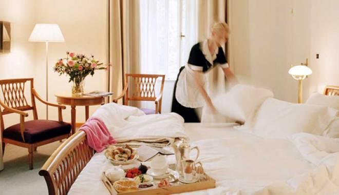 """Foto: Ce """"suveniruri"""" iau turiştii din hotelurile şi pensiunile  unde sunt cazaţi"""