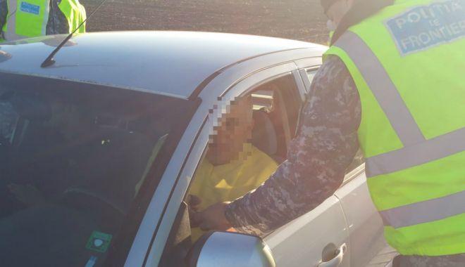 GALERIE FOTO / Cetățean bulgar, arestat la Constanţa, pentru trafic de migranţi - cetateanbulgar1-1538381485.jpg
