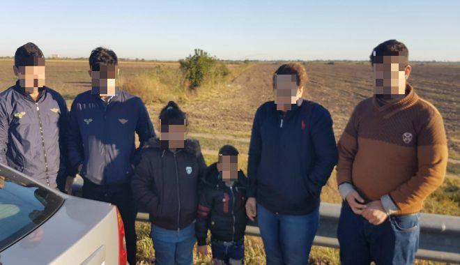 GALERIE FOTO / Cetățean bulgar, arestat la Constanţa, pentru trafic de migranţi - cetateanbulgar2-1538381494.jpg