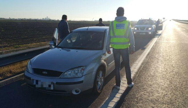 GALERIE FOTO / Cetățean bulgar, arestat la Constanţa, pentru trafic de migranţi - cetateanbulgar4-1538381504.jpg
