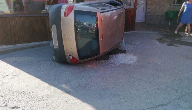 Foto: Accident rutier în localitatea Mihail Kogălniceanu. O persoană a fost rănită