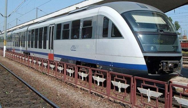 Foto: Directorul CFR, demis după ce sâmbătă au deraiat trei trenuri