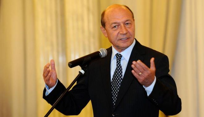 Foto: Băsescu, despre acuzaţiile de colaborare cu Securitatea: Nu va fi găsit un angajament, pentru că niciodată nu am semnat un angajament