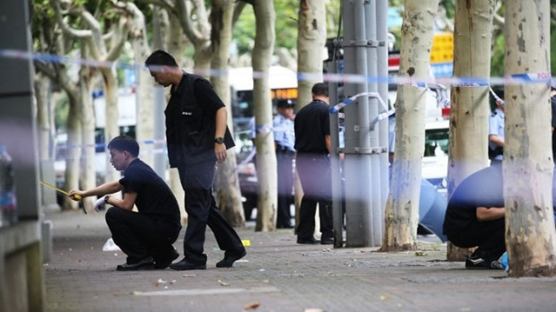 Foto: Nouă copii înjunghiaţi mortal într-o şcoală / CRIMINALUL, EXECUTAT!