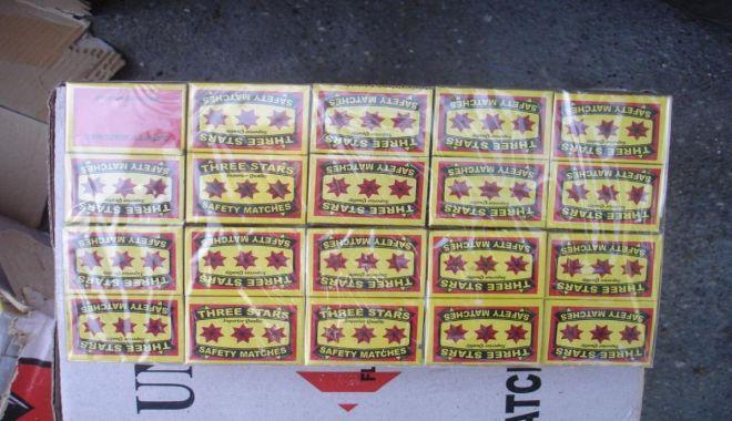 Foto: Chibrituri confiscate de poliţiştii de frontieră