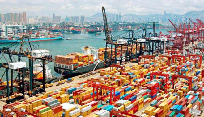 Foto: China conduce în clasamentul națiunilor maritime