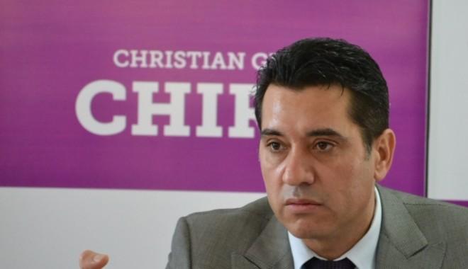 Foto: Pensionari, tâlhăriţi de tichetele acordate de Fundaţia Christian Gigi Chiru
