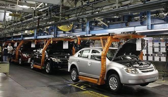 Foto: Cifra de afaceri  a industriei  este în creştere