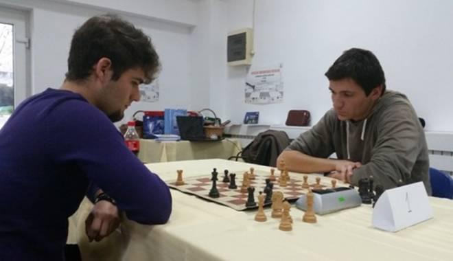 Cine a câştigat CN Universitar  de Şah, desfăşurat la Constanţa - cine-1416425864.jpg