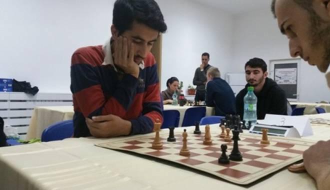 Cine a câştigat CN Universitar  de Şah, desfăşurat la Constanţa - cine1-1416425821.jpg