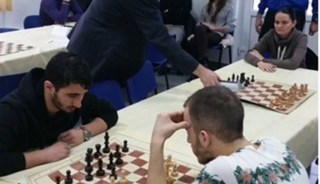 Cine a câştigat CN Universitar  de Şah, desfăşurat la Constanţa - cine3-1416425855.jpg
