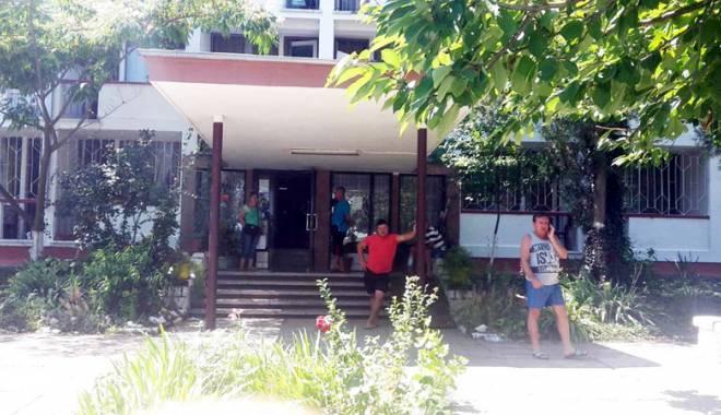 Foto: Balamuc cu rezervările turiştilor! Cine sunt vinovaţii