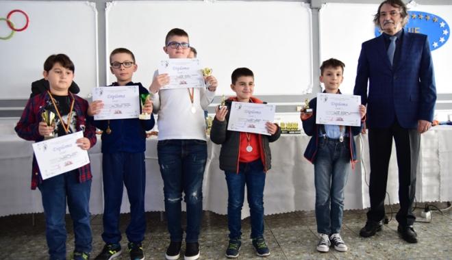 Foto: Cine sunt micii regi ai Cupei Primăverii la şah