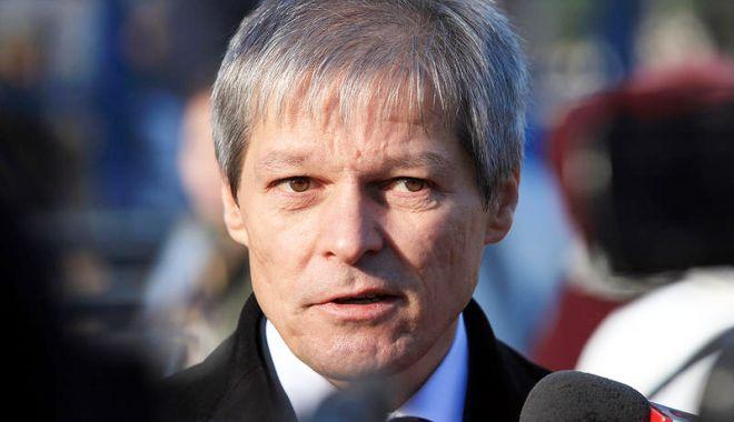 Foto: Cioloş, despre onoare  şi bun simţ