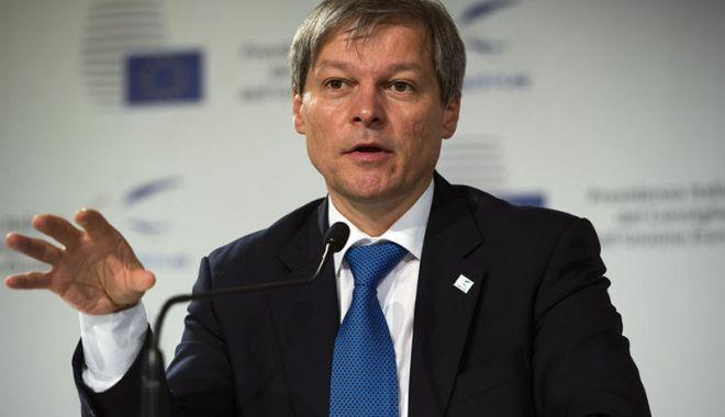 Foto: Dacian Cioloş, despre cele două riscuri majore ale modificărilor Codului Penal