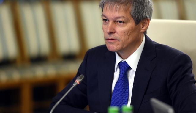 """Foto: Dacian Cioloş: """"Sunt bătălii pentru care nu avem voie să obosim"""""""