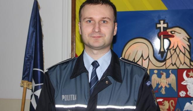 Foto: Ciprian Sobaru preia şefia Serviciului Rutier Constanţa de la Constantin Dancu