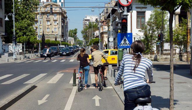 Foto: Circuli cu bicicleta? Iată cele mai importante sfaturi ale rutieriştilor