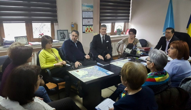 Foto: Înfiinţarea unui Centru Medical la Năvodari,  pe agenda  de lucru a CJC