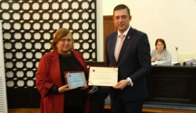 Aurelia Lăpușan și Doina Păuleanu, cetățeni de onoare ai județului Constanța - cjc2-1548850539.jpg