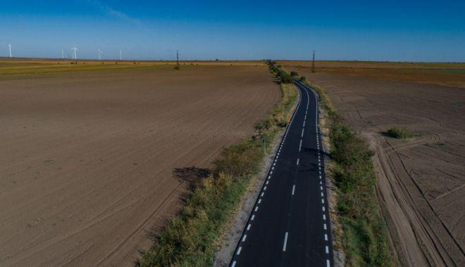 Drumul județean Medgidia - Tortoman - Siliștea, reabilitat în 12 luni de CJC - cjcdrum2-1537463766.jpg