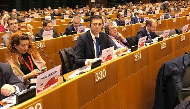 """Foto: Liderul CJC,  de la Bruxelles: """"Se vor crea premisele unei mai bune colaborări  între regiuni"""""""