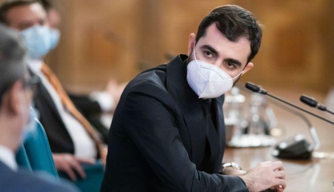 Moțiunea simplă depusă împotriva ministrul Economiei a fost respinsă - claudiunasui-1615917771.jpg
