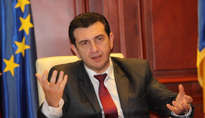 Prefectul Claudiu Palaz,
