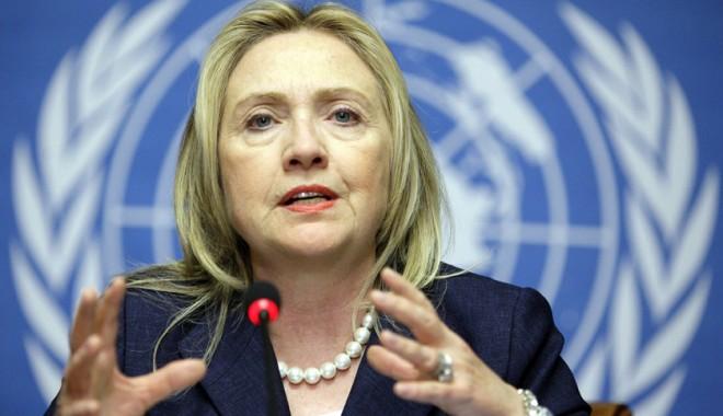 Foto: Hillary Clinton a început un turneu diplomatic în Europa