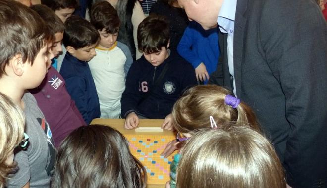 Foto: Club de scrabble la Şcoala nr. 16