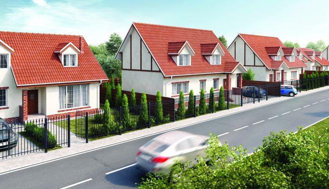 Foto: Piaţa imobiliară, mutată în mediul online. Constănţenii preferă casele pe pământ