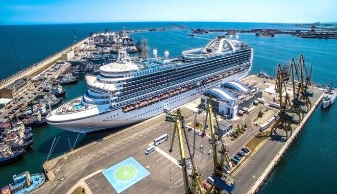 Foto: CNAPMC se implică în relansarea turismului de croazieră pe Marea Neagră