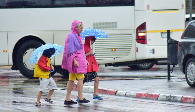 Cod galben de ploi torențiale, dar și caniculă, la Constanța - codgalben-1561306844.jpg