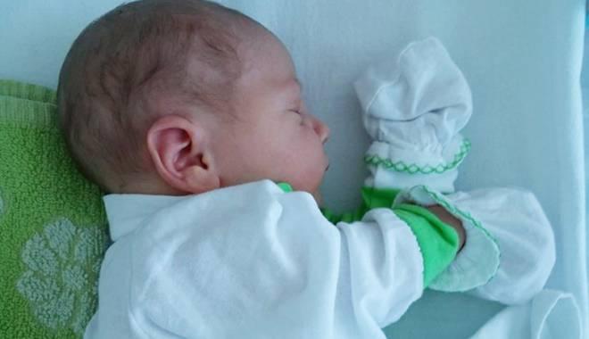 Foto: Colega noastră Florentina Bozîntan-Dumitrov,  o mămică fericită