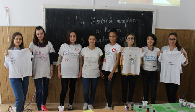 """Foto: Elevii Colegiului """"Carol I"""", încurajaţi  să înveţe limbi străine"""