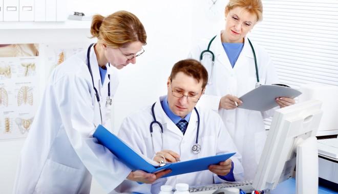 """Foto: Colegiul medicilor: """"Medicii nu sunt funcţionari publici!"""""""