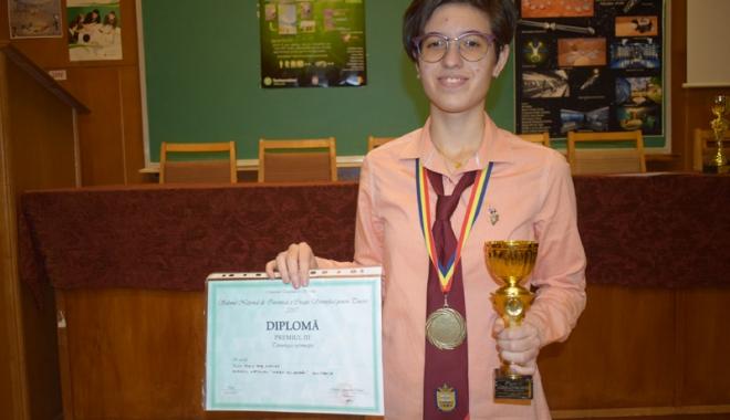 Ziua Naţională a României, sărbătorită de mircişti cu numeroase premii la concursuri internaţionale - colegiulmircea16-1511883276.jpg