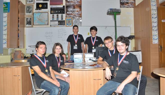 Foto: Elevi de la Colegiul