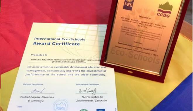 Foto: Colegiul Pedagogic a primit recunoaşterea naţională