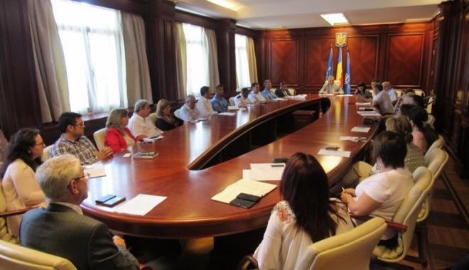 Foto: Şeful de la ITM, la raport  în faţa prefectului Constanței