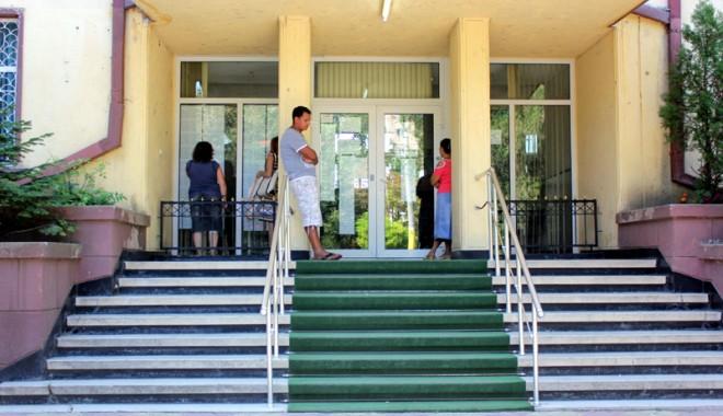 Foto: Şcolile constănţene, sufocate de datorii la utilităţi