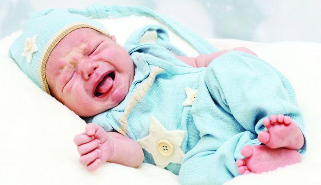 Foto: Durere şi nelinişte. Cum tratăm colicile abdominale ale copiilor