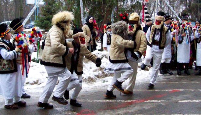 Foto: Colindăm din moşi strămoşi