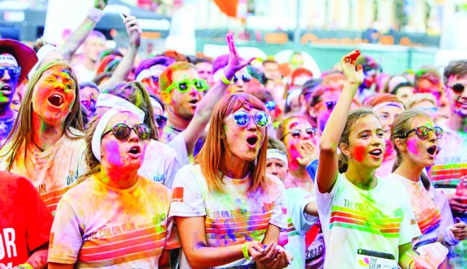 Foto: The Color Run, distracţie nebună, la Mamaia
