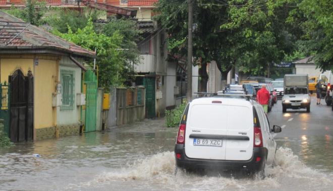 Foto: Avertizare meteo pentru Constan�a. Comandament  pentru situa�ii de urgen��, la RAJA