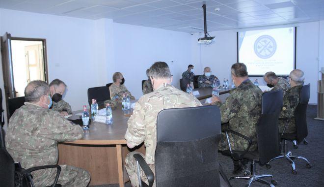 Comandanţi din armatele SUA şi Marea Britanie, în vizită de lucru, în Poligonul Capu Midia - comandanti-1620824740.jpg