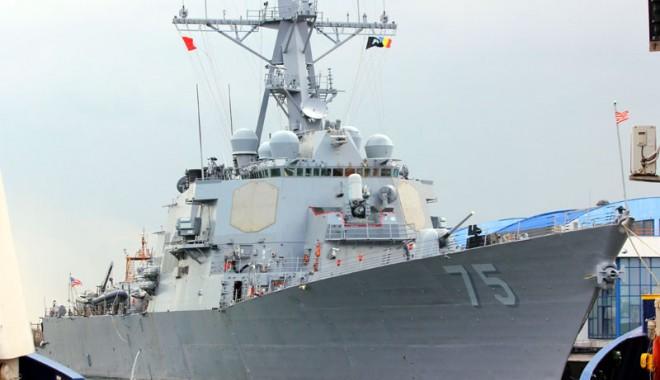 Foto: Comandantul navei USS Donald Cook, în vizită la Prefectura Constanţa