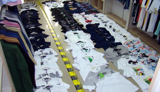 Foto: Comerţ ilegal în municipiul Constanţa. Doi bărbaţi, amendaţi
