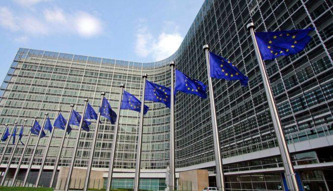 Foto: Comisia Europeană cere explicaţii Facebook