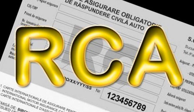 Foto: Comisia Europeană cere României să respecte Directiva privind asigurarea auto